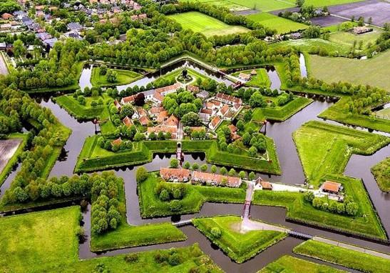Буртанж. Голландия