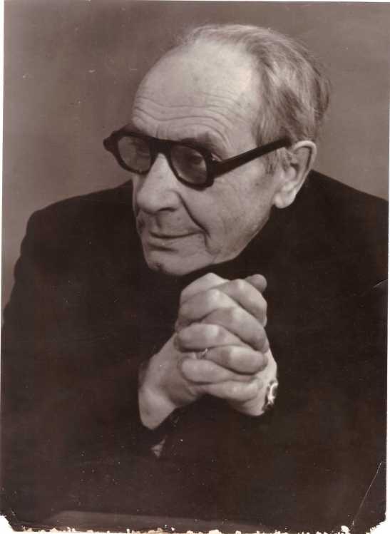 Андрей Иванович Чарушников 1985