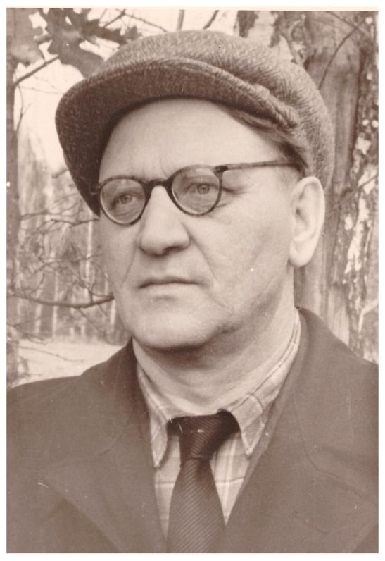 Павел Иванович Чарушников в Ясной Поляне 8.10.1961 г.